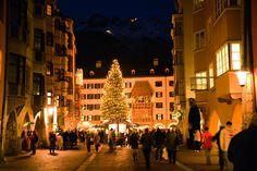 Pronti a tuffarvi nella magica atmosfera dei mercatini di Natale? Quelli di Innsbruck sono già iniziati!