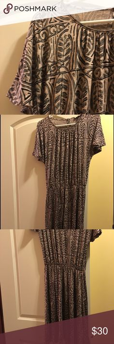 Loft dress size xs, super soft, current in stores Purchased but slightly too big- could fit up to medium. LOFT Dresses Midi