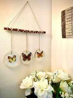 Diy Resin Art, Diy Resin Crafts, Mobiles, Butterfly Wall, Making Ideas, Diy Projects, Weekend Projects, Christmas Gifts, Arts And Crafts