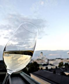 Opi viineistä, löydä uusia persoonallisia ravintoloita ja koe jotakin mitä et ole tehnyt ennen. http://foodsightseeing.fi/kierrokset/21