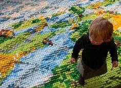 Wypukły dywan od Lauren Van Wieringen