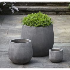 The Urban Deck Planter Set is from Campania International's new line of Fiber Cement Planters that are lighter than traditional cast stone products. Frost and UV resistant, these planters drastically cut down on the weight of the planter without sacri Deck Planters, Large Planters, Planter Pots, Succulent Planters, Indoor Planters, Succulents Garden, Cement Planters, Concrete Pots, Concrete Casting