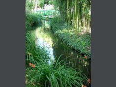 Plans de petit pont sur pinterest petits ponts design de terrasse en bois et terrasses - Petit jardin ru ...