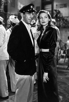 Humphrey Bogart and Lauren Bacall in the 1944 film 'To Have and Have Not. Hollywood Actor, Golden Age Of Hollywood, Vintage Hollywood, Hollywood Glamour, Hollywood Stars, Classic Hollywood, Hollywood Couples, Vintage Vogue, Vintage Glamour