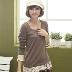 Stylish Delicate Lace Embellished Long Sleeves Scoop Neck Cotton Blend T-Shirt For Women