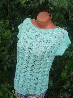 Crochet Shirt Crochet patterns free: This beautiful yarn crochet blouse. made in yarn. Knitting Stitches, Knitting Patterns Free, Free Knitting, Crochet Patterns, Crochet Shirt, Crochet Yarn, Knit Crochet, Black Crochet Dress, Summer Knitting