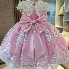 Pink Ball Gown Flower Girls Dresses For Weddings Vestido daminha Pearls Sash Bow Cap Sleeves White Lace First Communion Dress Flower Girls, Princess Flower Girl Dresses, Cheap Flower Girl Dresses, Girls Pageant Dresses, Dresses Kids Girl, Pink Princess, Homecoming Dresses, Bridesmaid Dresses, Baby Girl Birthday Dress