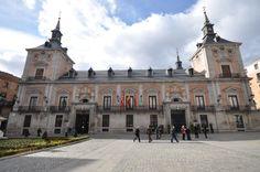 E Ayuntamiento de Juan  Gomez Mora (casa de la Villa de Madrid)