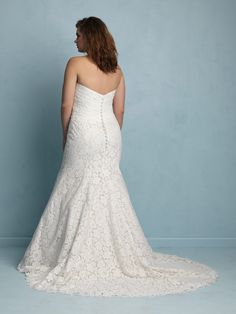 9f5158ddc24e6b For the Plus Size Bride  Allure Bridals on TheCurvyFashionista.com   TCFBride  TCFStyle