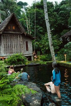 Adorable Farmhouse Cottage Design Ideas And Decor – Aprille Adorable Farmhouse Cottage Design Ideas And Decor Adorable Farmhouse Cottage Design Ideas And Decor Bali House, Bali Resort, Cabin In The Woods, Bamboo House, Natural Swimming Pools, Old Abandoned Houses, Farm Stay, Cabana, River House
