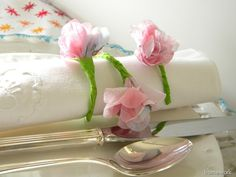 homework: creative inspiration for home and life: Celebrations: spring napkin rings