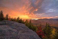 The most beautiful sunrise I've seen. Mount Jo, Adirondacks. [5778x3857] [OC] Check this blog!