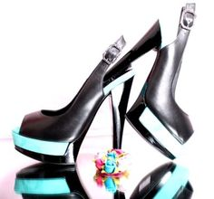 Nando Muzi black leather open toe sandals