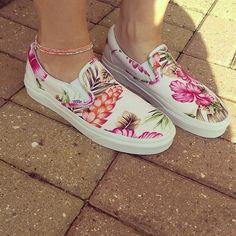 Hawaiian Floral Slip-On - Vans