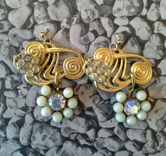#mazzinidonnalugo #earrings #vintagebuttons #pearls #uniquehandmade #doloresesimonettabijoux