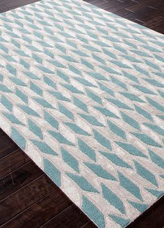 """Rug by Jaipur - Foundations by Chayse DaCoda - Style: FC06 Design: Arrow Head Color: Light Turquoise Construction: Hand Tufted Backing: Yes Pile Height: 1/2"""" Style: Contemporary Content: Wool & Art Silk Origin: India"""