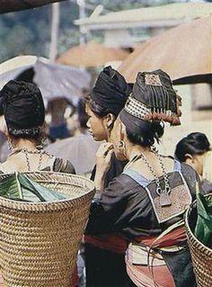 "Northern Thailand / Laos | Women wearing traditional ""spirit lock"" necklaces | ©unknown"