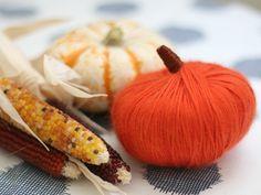 DIY: Thanksgiving Yarn Pumpkins