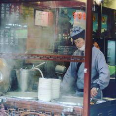 Cooking up some street food in Qibao #shanghailife_ #streetfoodmarket