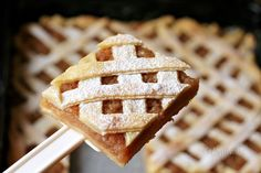 Jablkový mrežovník Czech Desserts, Vegetable Appetizers, Sweet Cooking, Czech Recipes, Fabulous Foods, Desert Recipes, Dessert Bars, Sweet Recipes, Sweet Tooth