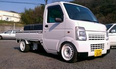 Suzuki Carry | Lowered, JDM Small Trucks, Mini Trucks, Cool Trucks, Cool Cars, Japanese Engines, Suzuki Every, Nissan Hardbody, Suzuki Cars, Kei Car