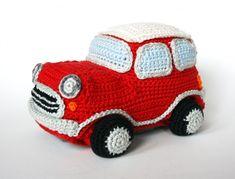 Crochet pattern little red car by Amigurumisnl on Etsy Crochet Car, Crochet For Boys, Crochet Home, Amigurumi Patterns, Crochet Patterns, Amigurumi Tutorial, Doll Tutorial, Mini Car, Crochet Dragon