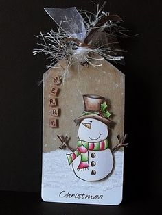 Merry Christmas tag by Kerry Cox - LOVE this! Using Digistamp Boutique stamp and Prismacolor pencils - DIY Homer Christmas Paper Crafts, Noel Christmas, Christmas Gift Tags, Xmas Cards, Holiday Cards, Merry Chritsmas, Handmade Gift Tags, Theme Noel, Paper Tags