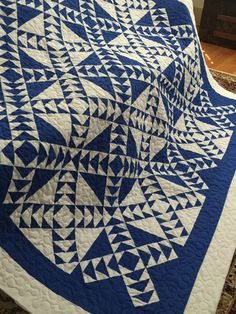 Quilt Wild Goose Chase Blue and White Queen by BarnRedQuiltworks