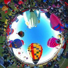 #Colores que iluminan al bello #León #Guanajuato   Esto es el @FIGLeon #FIGesArte  #México #LeónGuanajuato #LeónGTO #Leongto #LeonGuanajuato #gtogram #gto #ig_guanajuato #igersgto #ViajemosTodosPorMéxico #ThetaMX #DescubreGuanajuato #balloons #360cam #360view #Ricoh #RicohTheta #Guanajuato360 #ViveFIG #travelphoto #travelphotography #colors