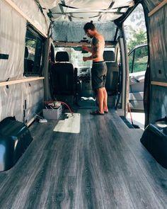 Best 21+ Sprinter Van Conversion Ideas https://www.mobmasker.com/best-21-sprinter-van-conversion-ideas/