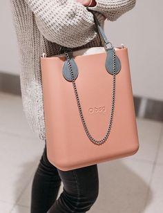 O Bag, Fashion Bags, Fashion Accessories, Womens Fashion, Leather Shoulder Bag, Leather Bag, Summer Bags, Fashion Addict, Clock
