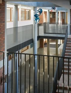 O'Donnell + Tuomey Cherry Orchard School Handrail detail