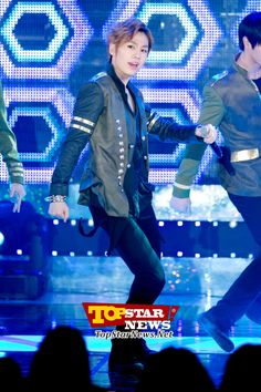 BTOB's Jung Ilhoon, 'Let's all do this together…' … 2012 AIDS Prevention Campaign Concert [KPOP PHOTO]