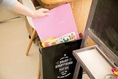 3COINSの薄型の収納ボックスが、アイドルの応援うちわにピッタリだとネットで話題になっていますが、実はコレ、子どもの意外なものの収納にもピッタリだったんです!