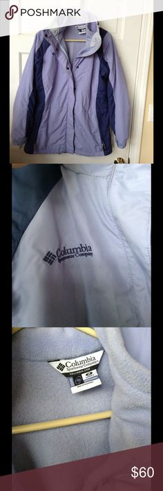 COLUMBIA WINTER SKI JACKET I great condition with fleece lining on the interior, many pockets. Columbia size M Columbia Jackets & Coats