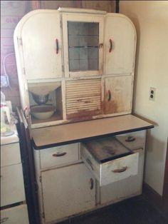 Round Corner Hoosier Cabinet With Flour/sugar Bin Sifter. Also Has A Metal  Storage