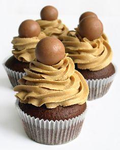 Double coffee chocolate cupcakes #recipe
