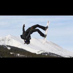 #colorado #ski #skiing #snowboarding #snowboard #railpark #snow #powder #powderwhore #terrainpark #breckenridge #coloradotography #halfpipe #ride905 Snowboarding, Skiing, X Games, Mount Everest, Colorado, Powder, Mountains, Park, Instagram Posts