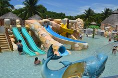 With so many activities perfect for the whole family, you'll wonder why you haven't gone to Sandos Caracol sooner.