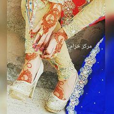 ✧ℒᎾᏉℰ ℒℐᏦℰℒᎽ✧ Henna Designs Feet, Unique Mehndi Designs, Beautiful Mehndi Design, Bridal Mehndi Designs, Bridal Henna, Mehndi Desgin, Heena Design, Mehndi Design Pictures, Mehndi Images