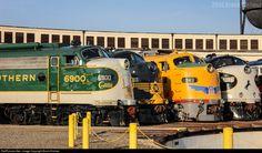 Net Photo: SOU 6900 Southern Railway EMD at Spencer, North Carolina by Brock Dishner Train Museum, Southern Railways, Round House, Locomotive, Museums, North Carolina, Planes, Trains, Automobile
