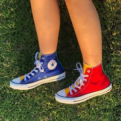 Converse Chuck Taylor All Star Hi Color-Block Sneaker - Multi - Zazkol Galaxy Converse, Mode Converse, Sneakers Mode, Outfits With Converse, Sneakers Fashion, Fashion Shoes, Shoes Sneakers, Diy Converse, Cool Converse High Tops
