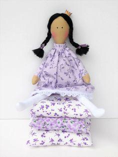 The Princess and the Pea fabric doll cloth #ragdoll #clothdoll #fairytaledoll #playset #playsetdoll #princess #princessdoll #princessandthepea #theprincessandthepea #princessandthepea #doll #handmadedoll #HappyDollsByLesya by HappyDollsByLesya