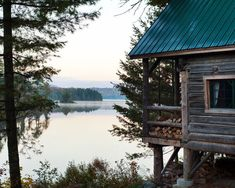 cabin on the lake.AMC Gorman Lodge in Maine Haus Am See, Little Cabin, Cabins And Cottages, Log Cabins, Cozy Cabin, Cabins In The Woods, Lake Life, Log Homes, The Great Outdoors