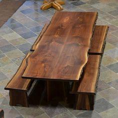 Tavolo con bordo rustico in legno massello di castagno, noce nazionale o rovere