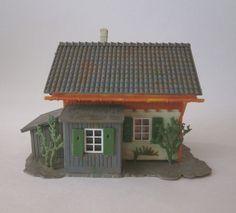 Vintage HO Scale Built No. 132 Faller Germany Plastic Flagman's House Building  #FALLER