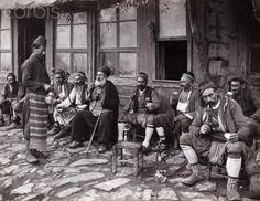 Istanbulda bir kahvehane (1910)