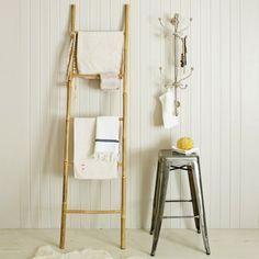 Handtuchleiter aus Holz für Ihr Badezimmer