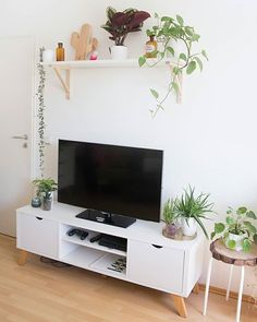 Custom Design TV Wall Tips For The Living Room ~ kliksaya. Living Room Shelves, New Living Room, Living Room Decor, Etagere Design, Small Apartment Living, Room Wall Decor, Living Room Designs, Interior Design, Custom Design