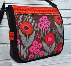 LOVE this messenger bag from the Dutch Sisters...their bags are absolutely GORGEOUS!